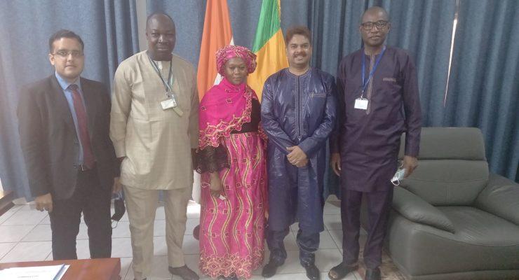 Visite de la Directrice Générale Adjointe de l'Enseignement Supérieur et de la Recherche Scientifique à l'Ambassade de l'Inde à Bamako